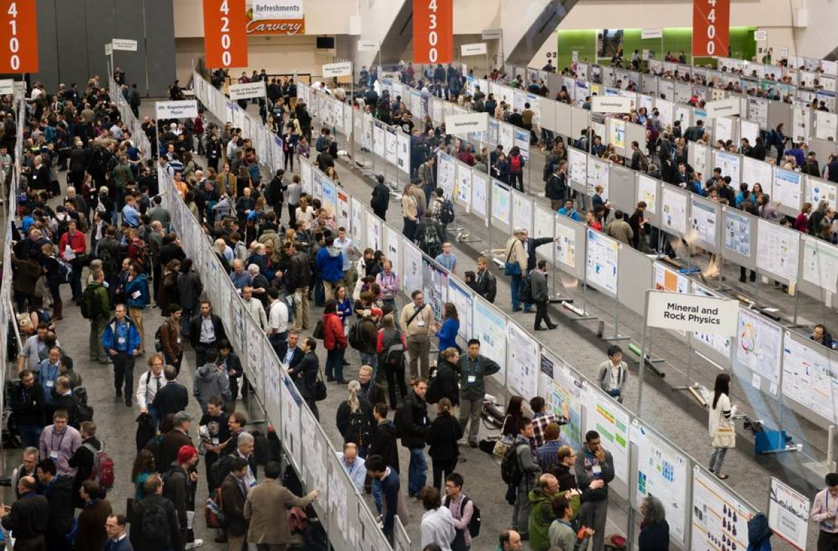 AGU conference attendees