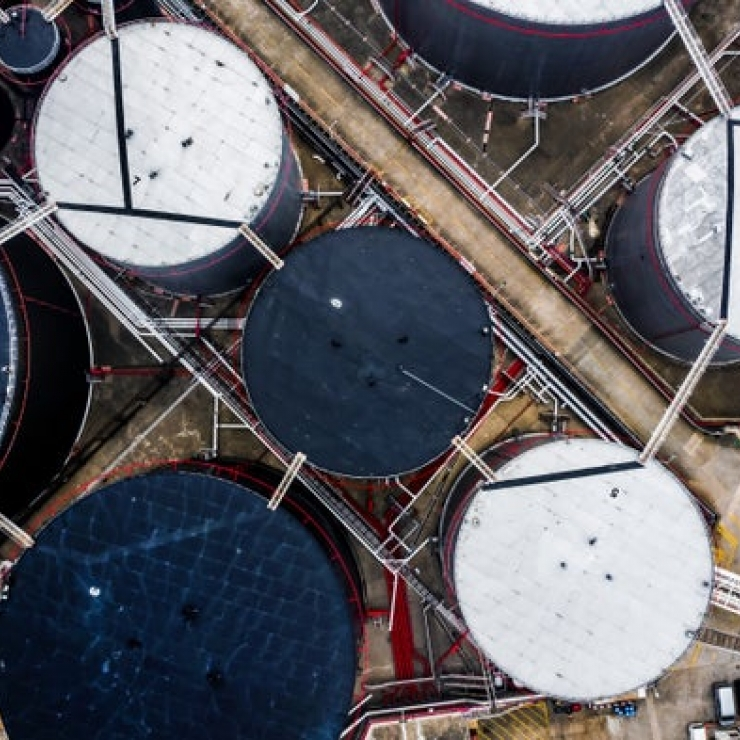 aerial view of an oil refinery